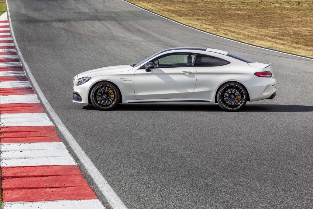 location mercedes classe c63 s amg coup gt 39 luxury. Black Bedroom Furniture Sets. Home Design Ideas